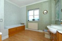 PropertyRefurbishmentHertfordshireBthrmBefore